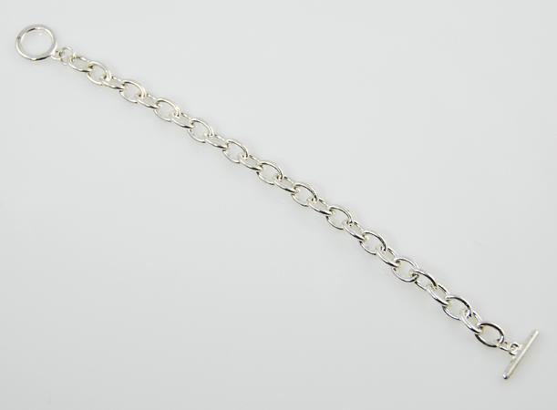 BR130: Smooth Silver Toggle Charm Bracelet