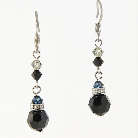 EA426BK: Elegant Black Chandelier Earrings
