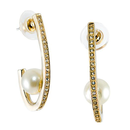 EA631: Elegant Pearl Earrings