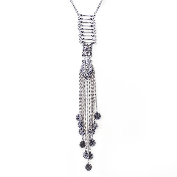 NA349: Elegant Silver Tassel Necklace