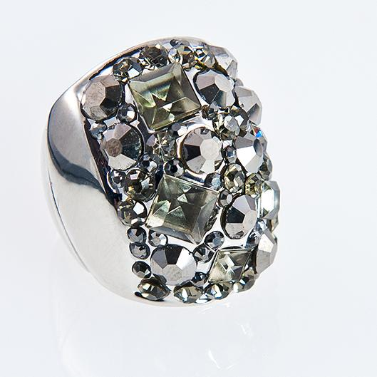RA132: Silver Black Diamond Cluster Ring