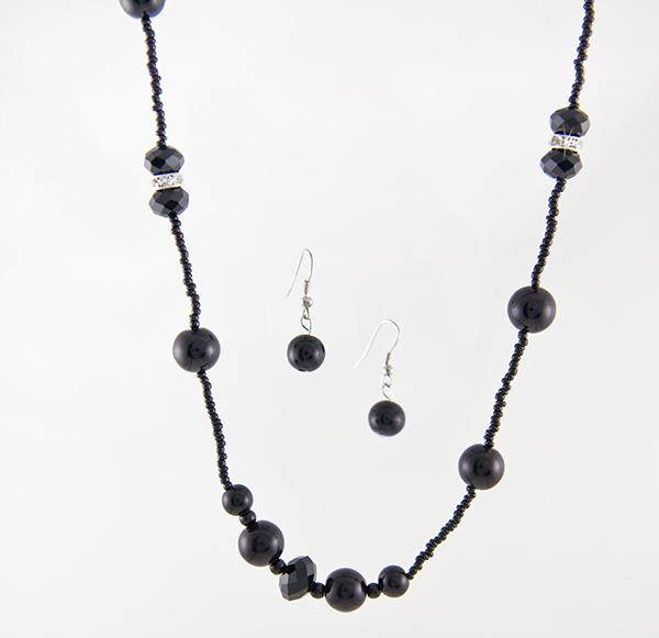 SN208BK: Pearl & Crystal Set (Black or White/Clear)