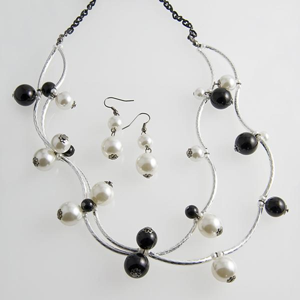 SN210: Black & White Multi-Strand Pearl Necklace & Earrings Set