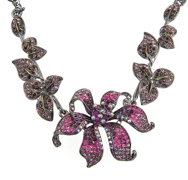 SN245F: Elegant Fuschia  Floral Necklace and Earring Set