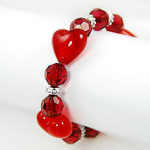BR170R: Murano Glass Heart Bracelet in Clear or Pink