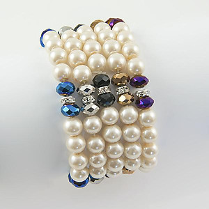 BR258: Pearl and Crystal Bracelet