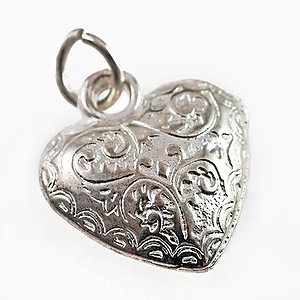 CP279: Filigree Silver Puff Heart