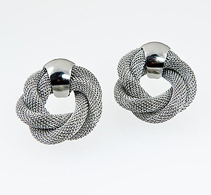 EA547: Stylish Silver Mesh Earrings