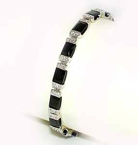 NC52: Jet & Diamond Crystal Bracelet