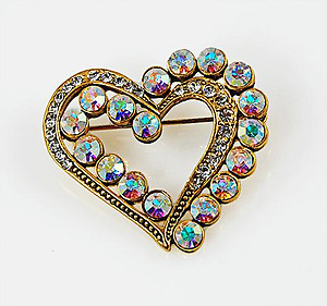 PA540: Austrian Crystal Heart Pin
