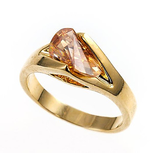 RA101: Amber Fantasy Ring in Gold
