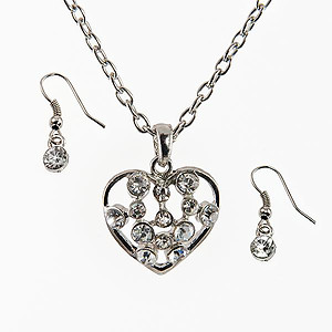 SNT255: Silver Crystal Heart Set