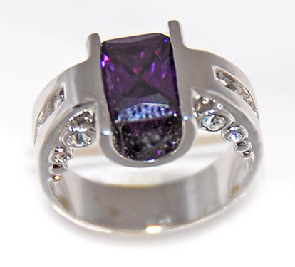 RA94: Designer CZ Ring in Amethyst or Clear