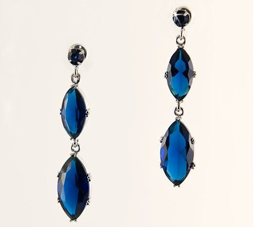 EA583: Dark Shapphire Teardrop Earrings