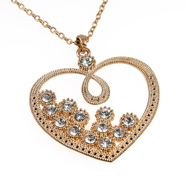 NA278: Crystal Heart Necklace